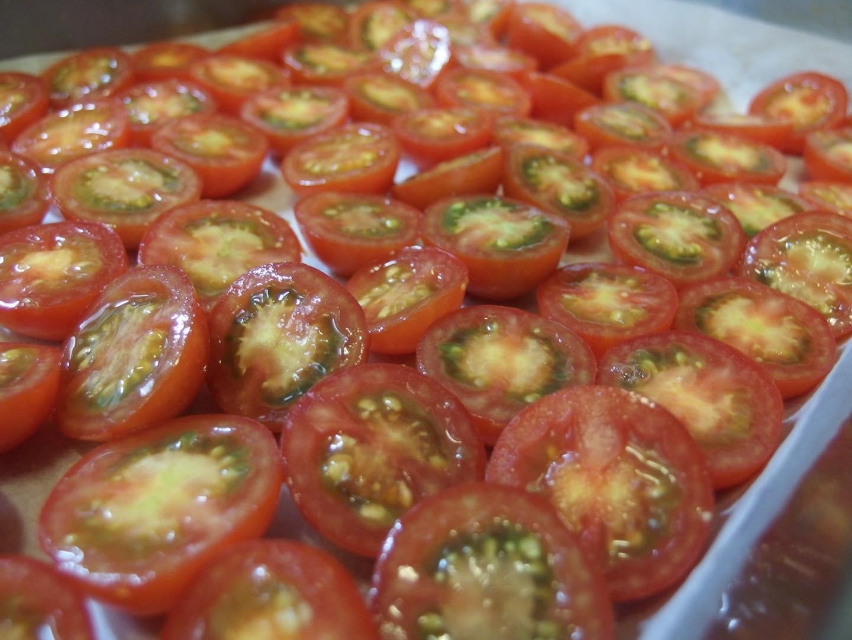 セミドライトマト